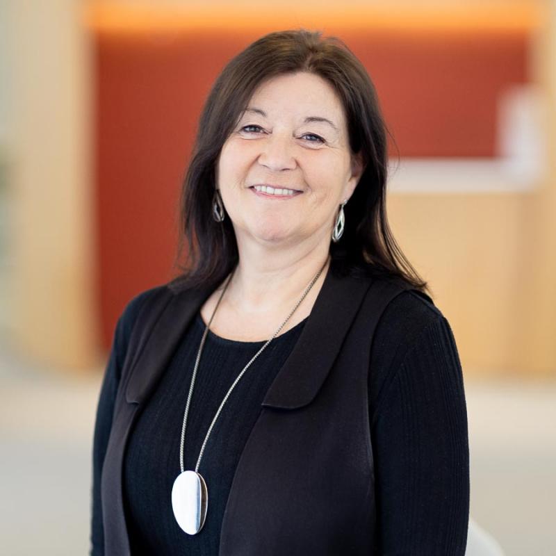 Catherine Grenet - Associate Director at Cap Dirigeant